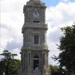 eHorloge à l'entrée du Palais Dolmabahçe