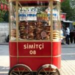 Vendeur ambulant de simit à Istanbul