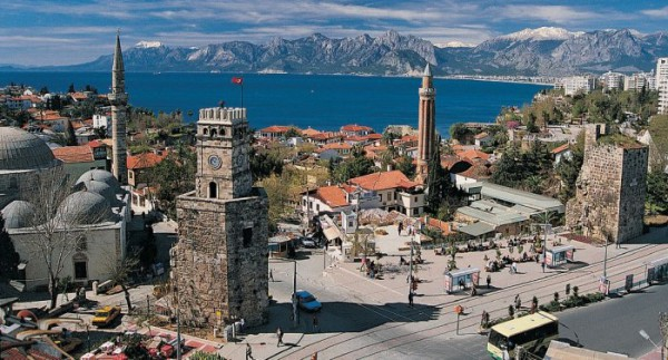 Vue sur la vieille ville Antalya