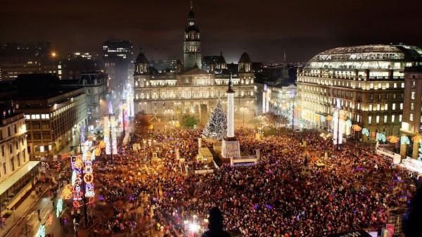 La place Saint-georges de Glasgow à Noël